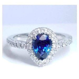 Solitaire with accents diamond SRI LANKA BLUE SAPP